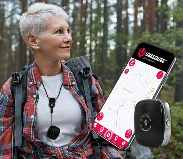 4G tracker for the elderly